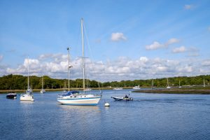 Vessels on the Beaulieu River