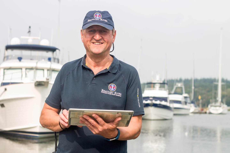 Beaulieu River team member using Harbour Assist technology
